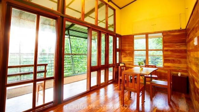 2 Bedroom Holiday Home, Munnar