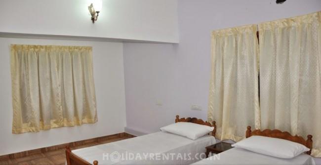 4 Bedroom Holiday Home, Kochi