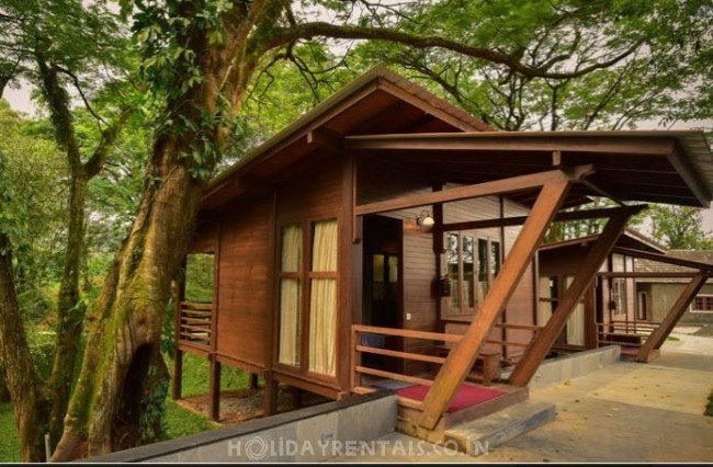 Best Holiday Stay, Valparai