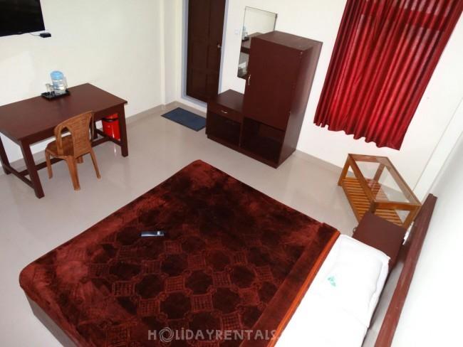 Riverside Stay, Munnar
