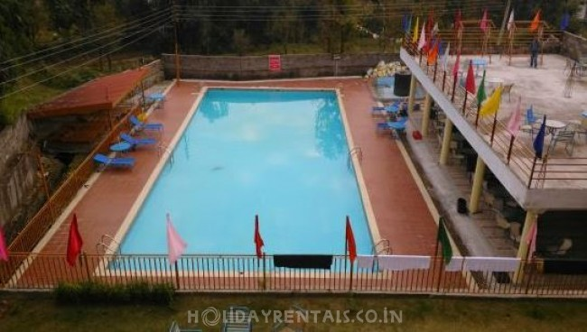 Holiday Home with Swimming Pool, Dharamshala