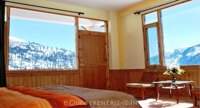 Snow Tucked Cottages, Manali