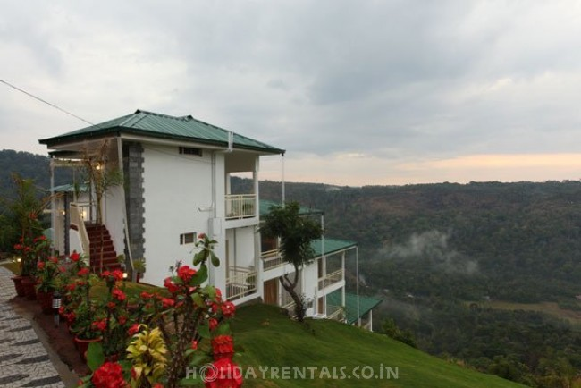 Cliff Edge Cottages, Munnar