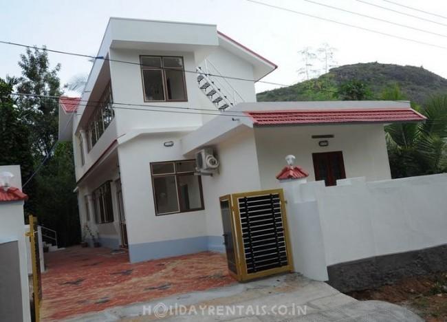 4 Bedroom Holiday Home, Wayanad