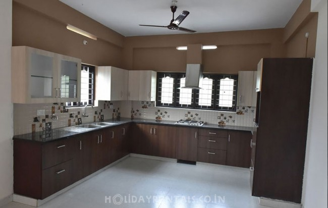 Rooms & 3 Bedroom Flat, Trivandrum