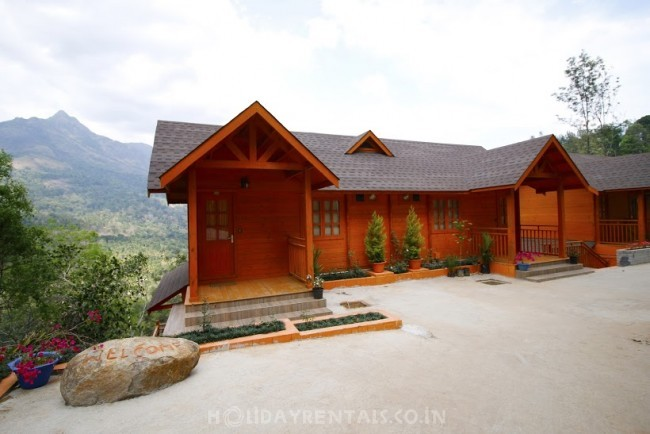 Home near Chokramundi Hills, Munnar