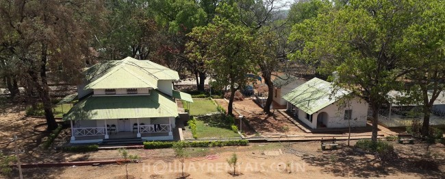 Hill Top Cottages, Pachmarhi