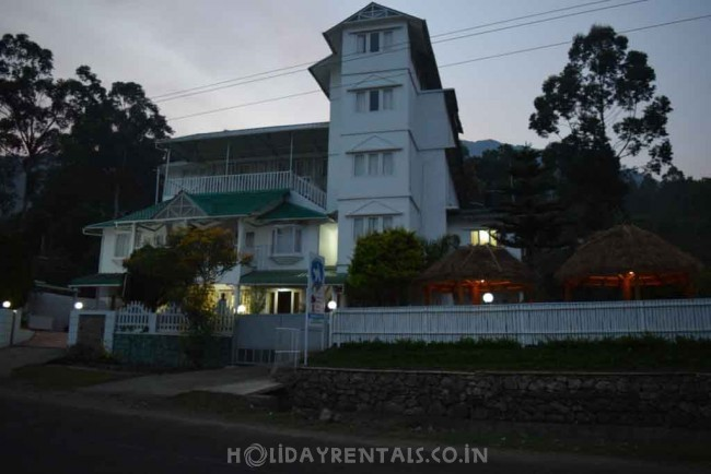 Lakeview Rooms, Munnar