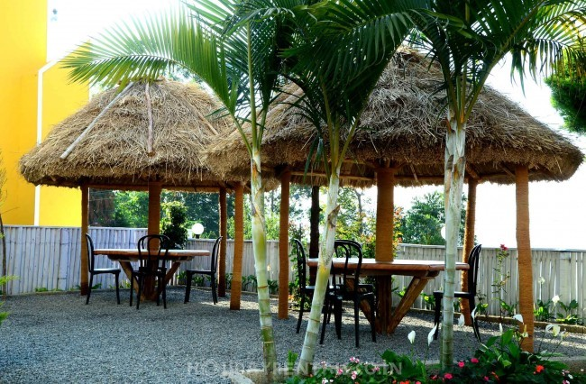 Lakeview Rooms, Munnar