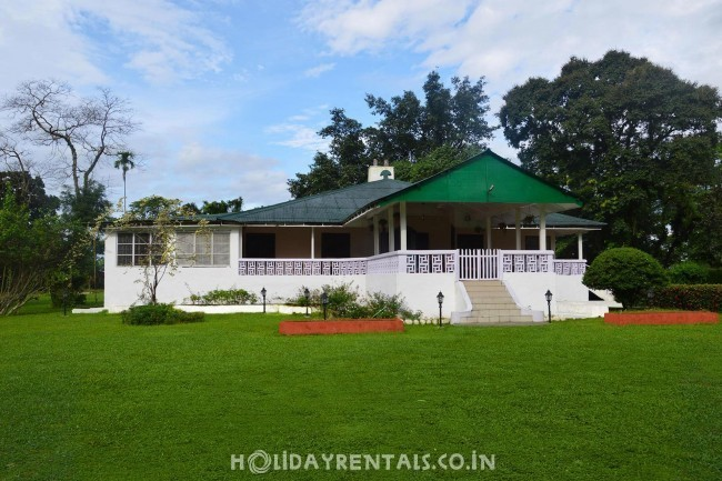 Tea Estate Stay, Jalpaiguri