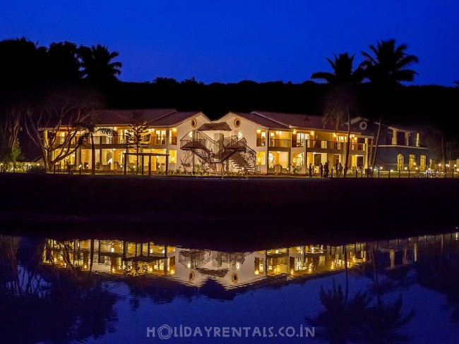 Waterfront Holiday Home, Baga