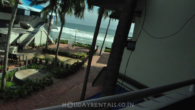 Stay Near Light House, Kovalam