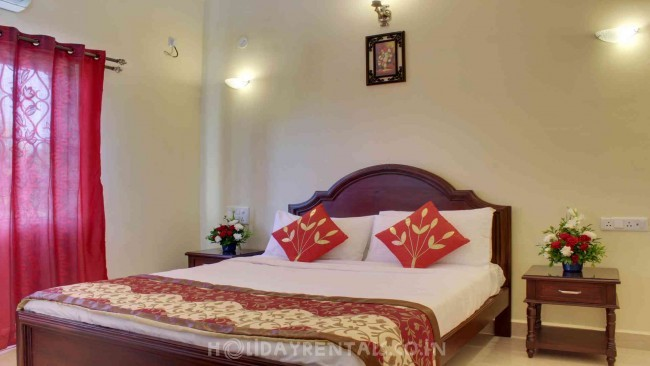 Deluxe and Suites, Bardez