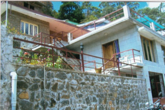 Holiday Cottage near Kodaikanal Lake, Kodaikanal