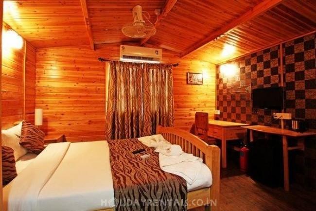 Wooden Cottages, Bardez