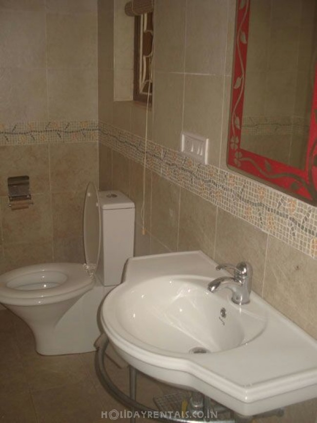 Serviced Flats with Swimming pool, Calangute