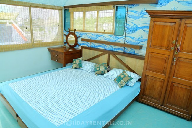 River Front Holiday Home, Kochi
