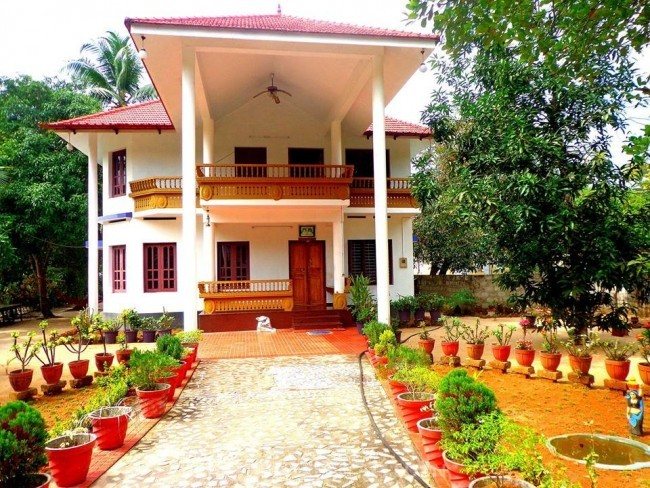 Holiday Home Near Mararikulam beach, Alleppey