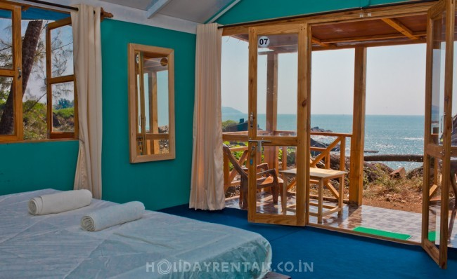 Hill Top Stay, Canacona