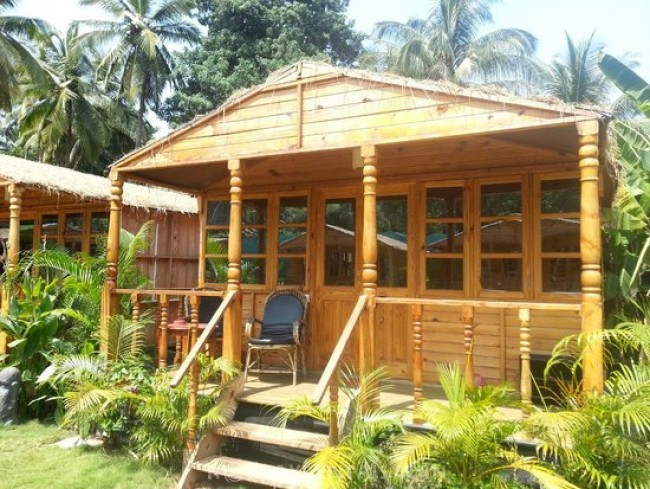 Premium Beach Cottages, Canacona