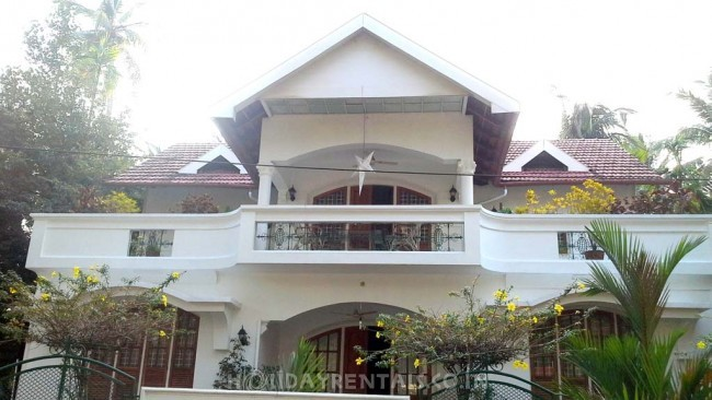 Stay Near Guruvayur Temple, Thrissur