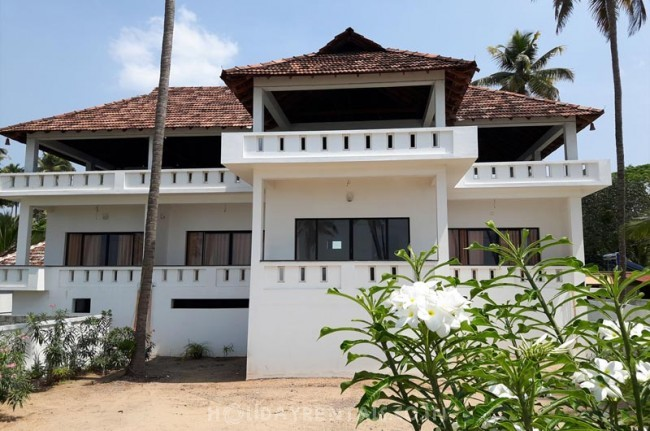 Sea Facing Holiday Home, Kochi