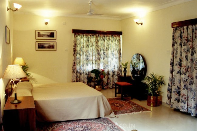 6 Bedroom Holiday Home, Kodagu Coorg