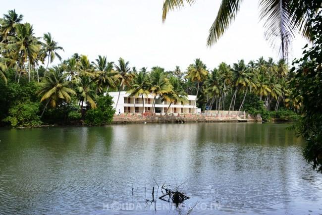 Riverside Home, Trivandrum