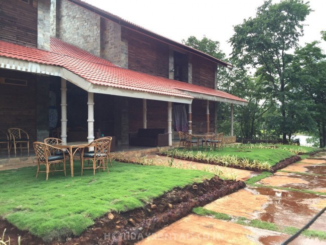 Riverside Holiday Home, Kolad