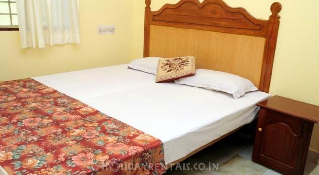Home Away Home , Kochi