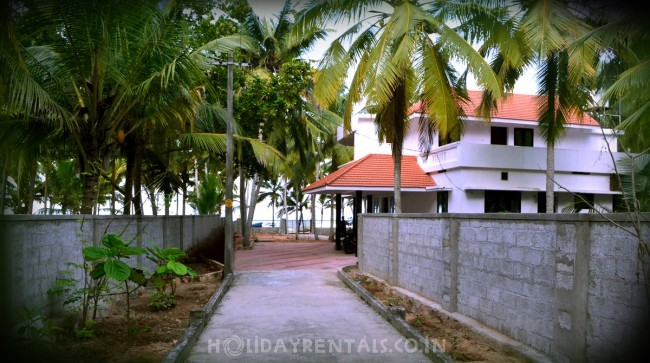 Seashore Holiday Stay, Trivandrum