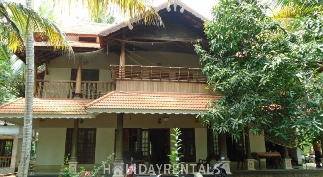 Stay Near Azhimala Beach, Kovalam