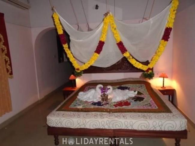 Stay Near Azhimala Beach, Kovalam