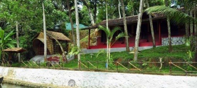 Lake View Holiday Stay, Kollam