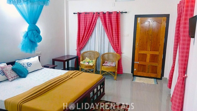 Stay Near Periyar National Park, Thekkady