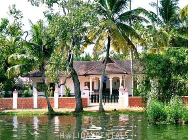 Stay Near Pamba River, Alleppey