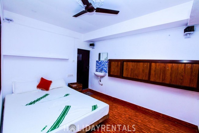 Stay Near Marari Beach , Alleppey