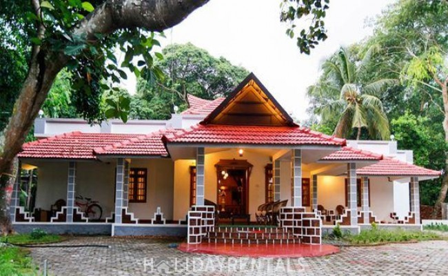 Heritage Home Near Chethy Beach, Alleppey