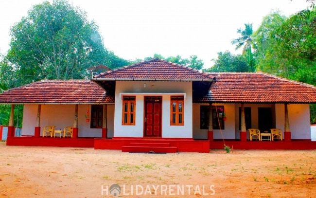 Stay Near Mararikulam Beach, Alleppey