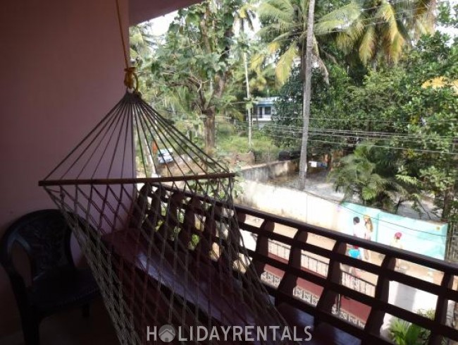 Stay Near Papanasham Beach, Trivandrum