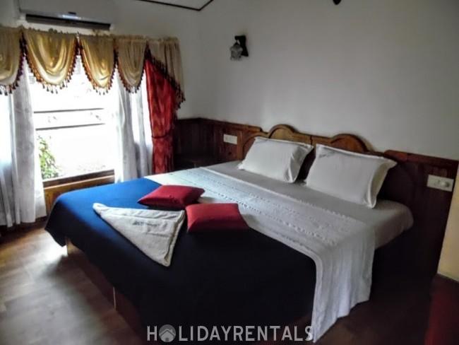 House Boat, Kottayam