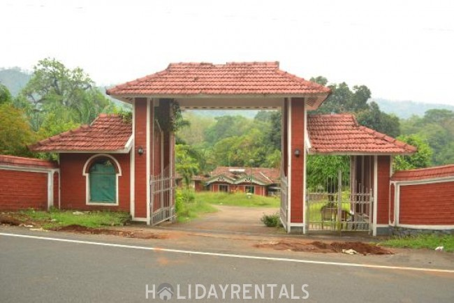 Stay Close To Athirapally Waterfalls, Thrissur