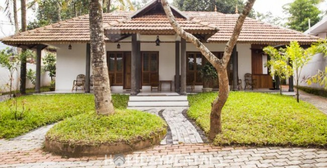 Stay Near Thekkady Lake, Idukki