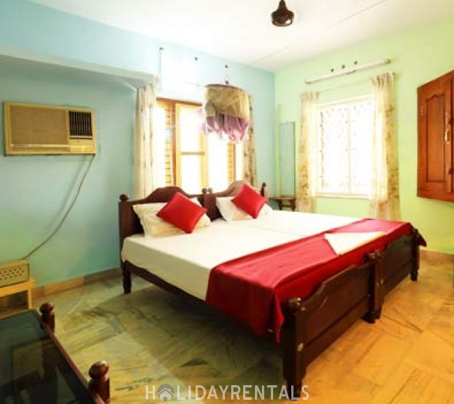 Stay Near Punnamada Lake, Alleppey