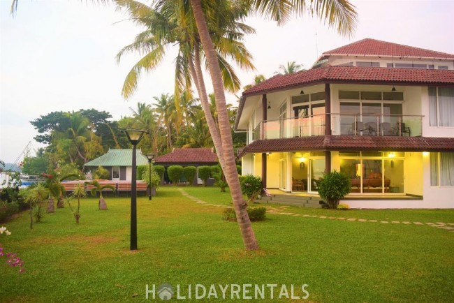 Lake View Holiday Stay, Ernakulam