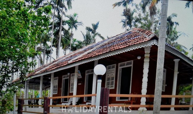Wooden Cottage, Idukki