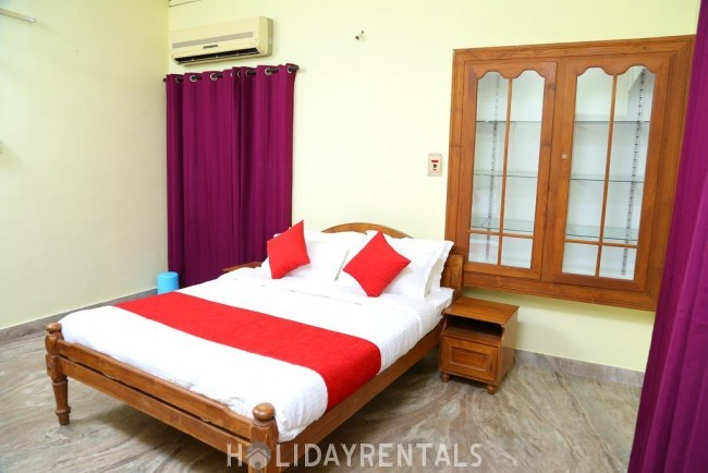 Stay Near Jawaharlal Nehru Stadium, Kochi
