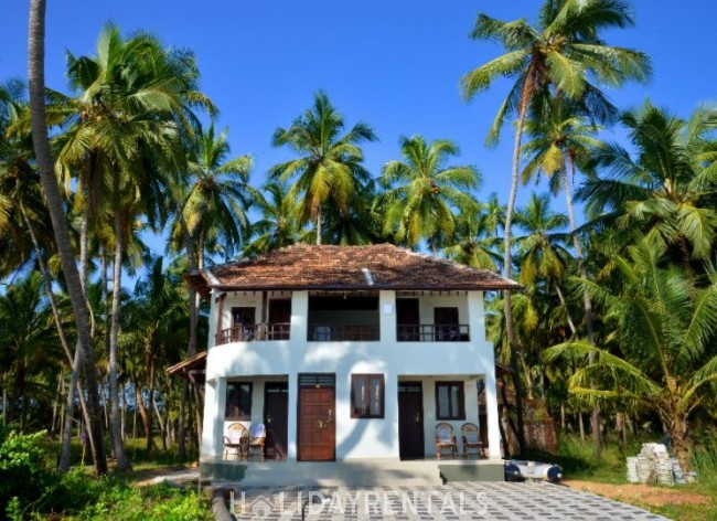 Seashore Holiday Stay, Kasargod