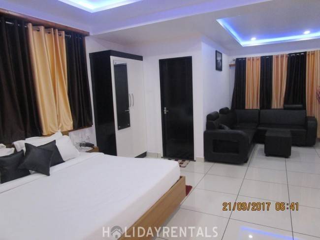 Backwater Frontage Stay, Kasargod