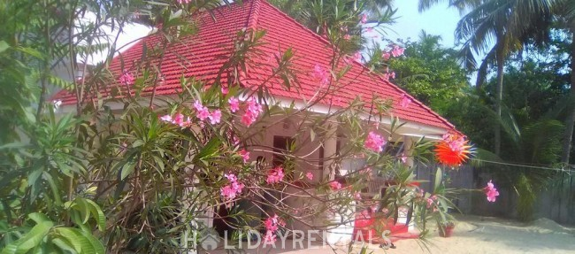 Holiday Home Near Marari Beach, Alleppey